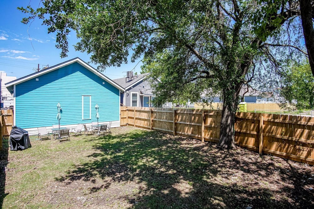 Apartment (The Creole Cottage) - Property Grounds