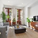 Dzīvokļnumurs (Gravier 101/102 · Spacious CBD Loung) - Dzīvojamā istaba