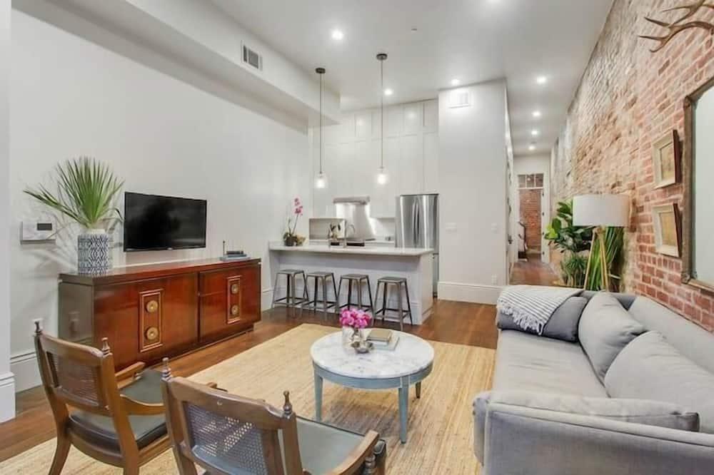 Dzīvokļnumurs (Gravier 201/202 · Vieux Carré Loung) - Dzīvojamā istaba