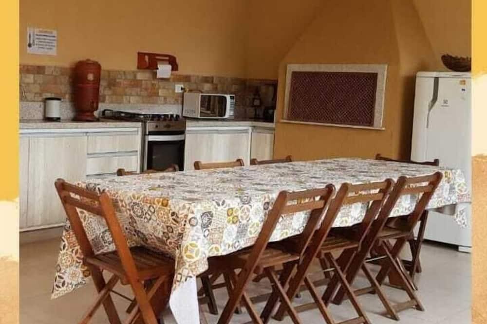 חדר זוגי, מרפסת - מטבח משותף