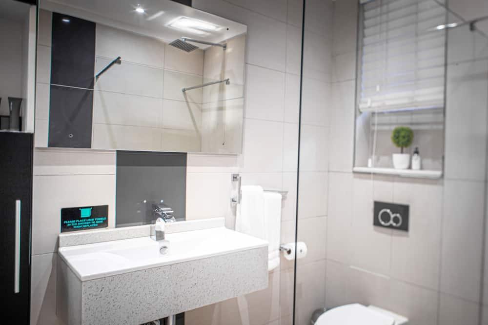 Standartinio studijos tipo numeris - Vonios kambarys