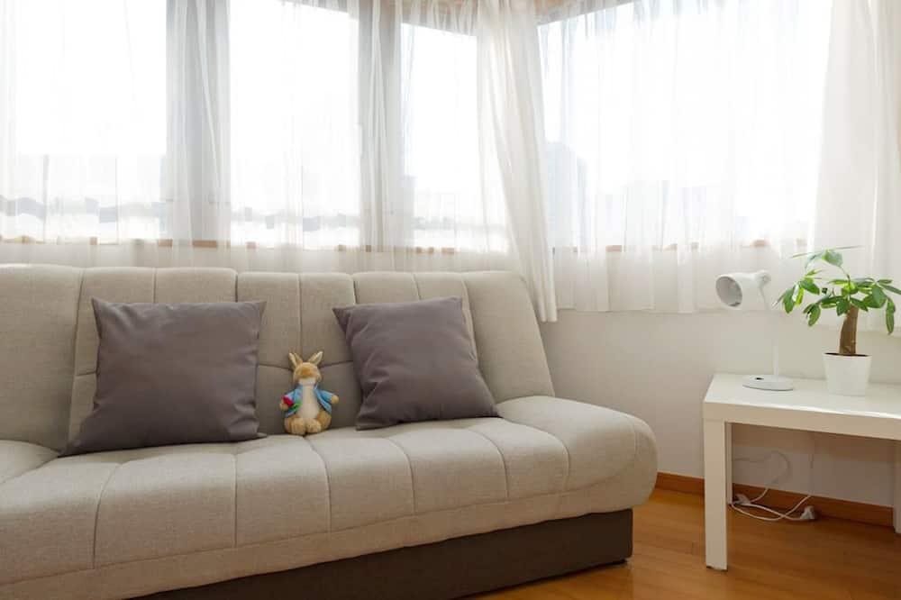 Comfort Condo, Non Smoking (601) - Ruang Tamu