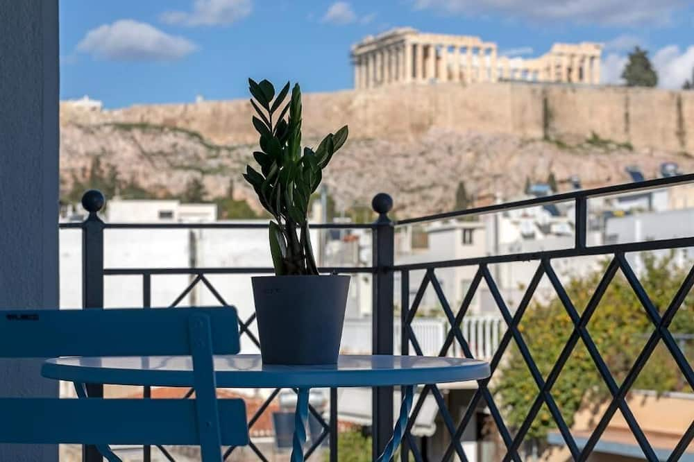 Family Suite with Balcony and Breathtaking View of the Acropolis - Værelse