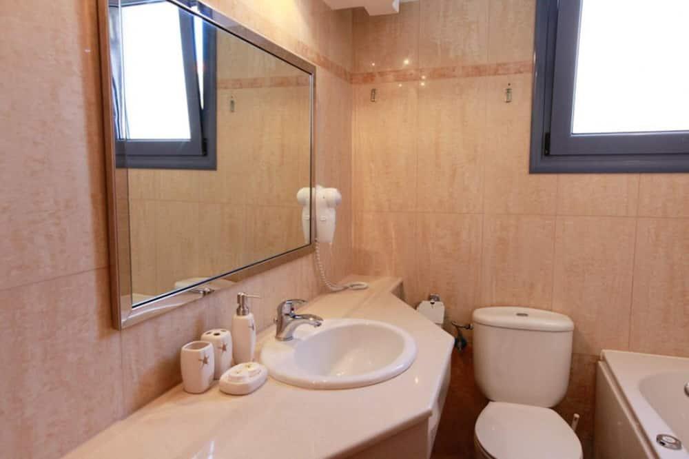 Villa - Bathroom