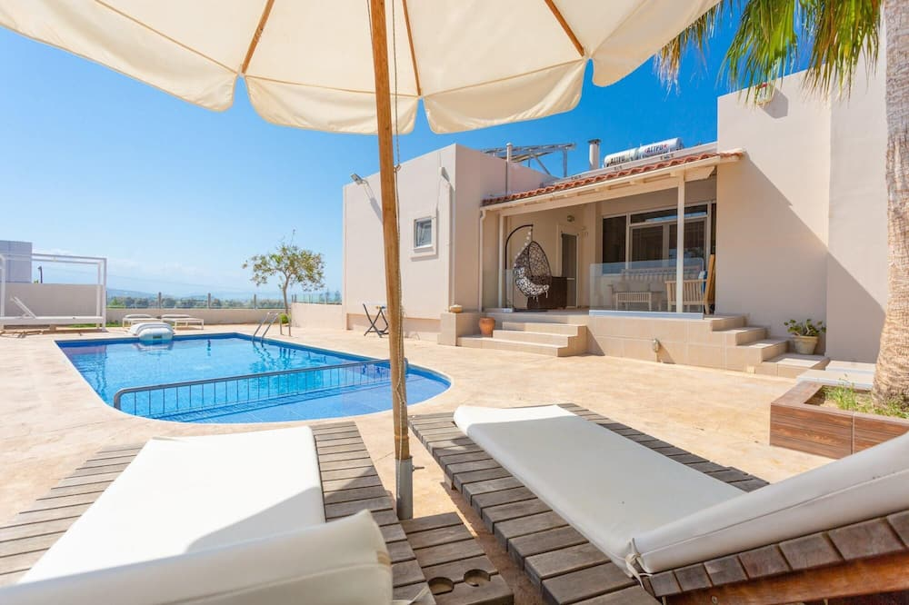 Villa Thetis Large Private Pool Walk to Beach Sea Views A C Wifi Car Not Required Eco-friendl - 2302