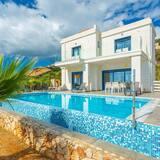 Villa Seashell Large Private Pool Walk to Beach Sea Views A C Wifi Eco-friendly - 2641