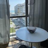 Classic Apartment - Teres/Laman Dalam