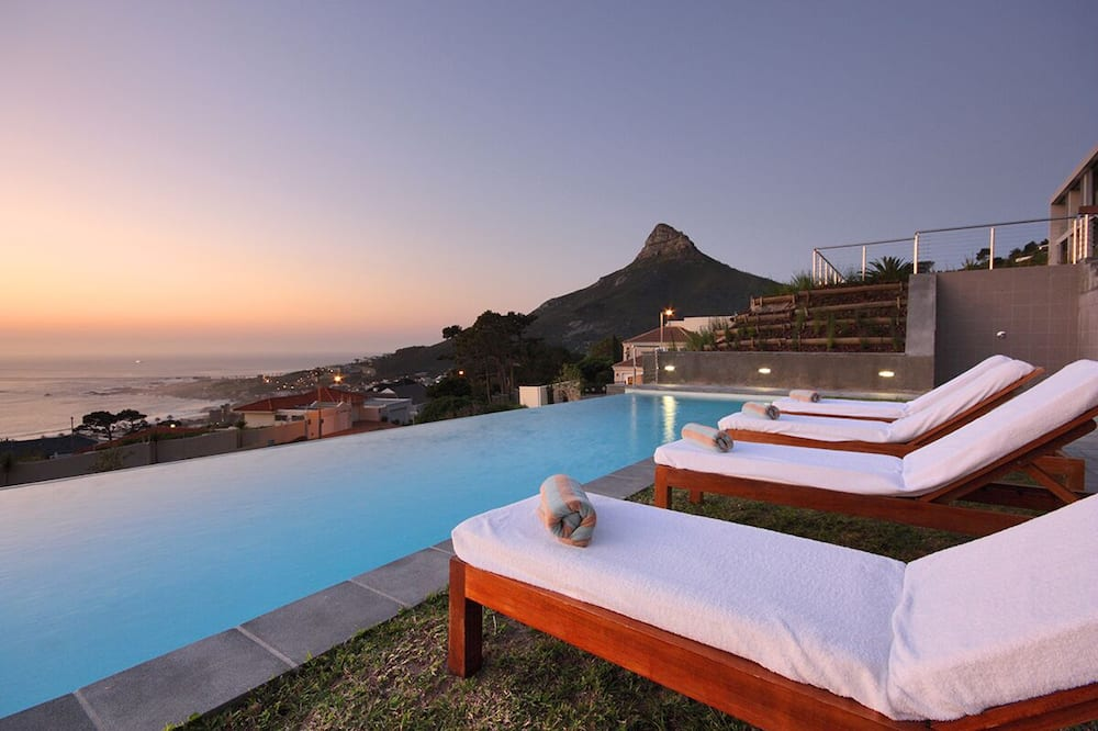 Camps Bay One Bedroom Apartment - The Crystal, Cape Town