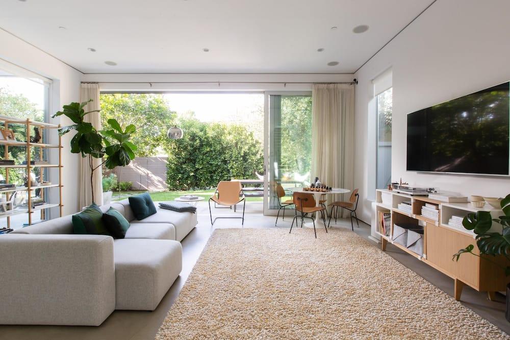Apartment (3 Bedrooms) - Imej Utama