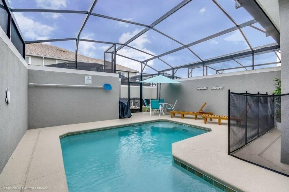 Resortwoning, 4 slaapkamers - Zwembad