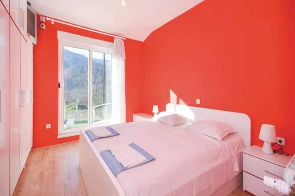 Villa (Five Bedroom Villa with Pool) - Tuba