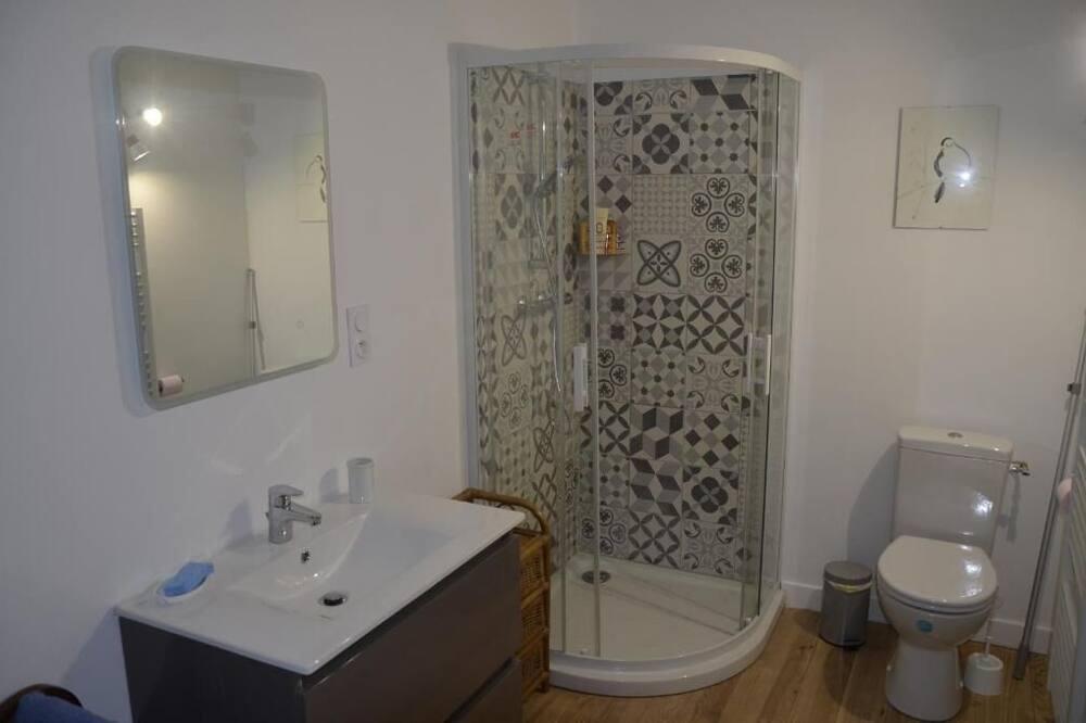 Dom typu Exclusive, vlastná kúpeľňa (8GeneralLeclerc) - Kúpeľňa