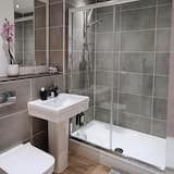 Apartment, barrierefrei, eigenes Bad (third floor) - Badezimmer
