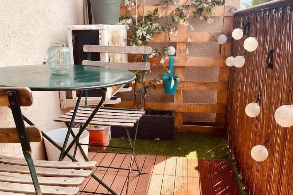 Appartamento, bagno in camera, vista città (Mangold8) - Vista balcone