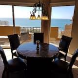 Panoramic Condo, 3 Bedrooms, Terrace, Ocean View - Living Area