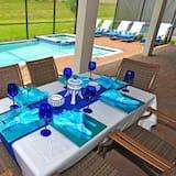 House, Multiple Bedrooms - Pool