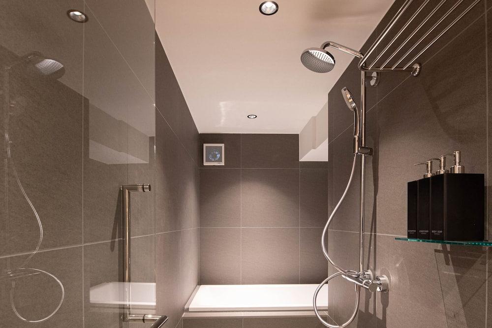 Elite Room, 1 Bedroom, Non Smoking, Refrigerator & Microwave - Bilik mandi