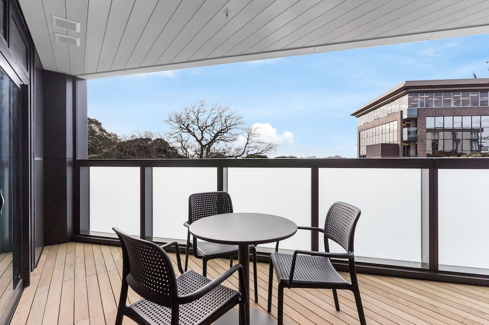 Apartment, 2 Bedrooms (1 King) - Terrace/Patio