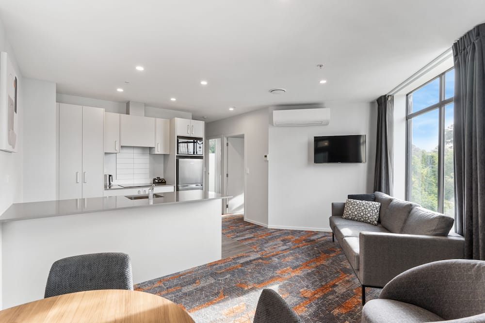 Apartment, 2 Bedrooms (1 King) - Living Area