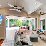 Exceptional Vacation Home In Key West 3 Bedroom Home