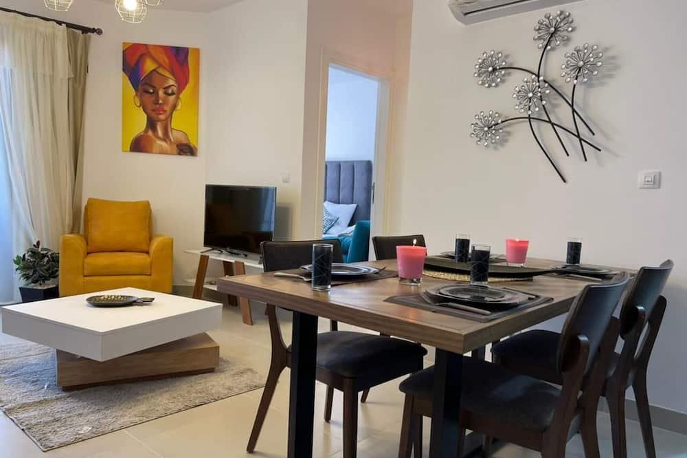 Apartemen Elite - Area Keluarga