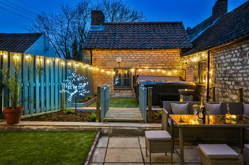 Private Garden Rooftop Terrace With hot tub