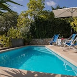 Vila (Three Bedroom Villa with Pool) - Bazén