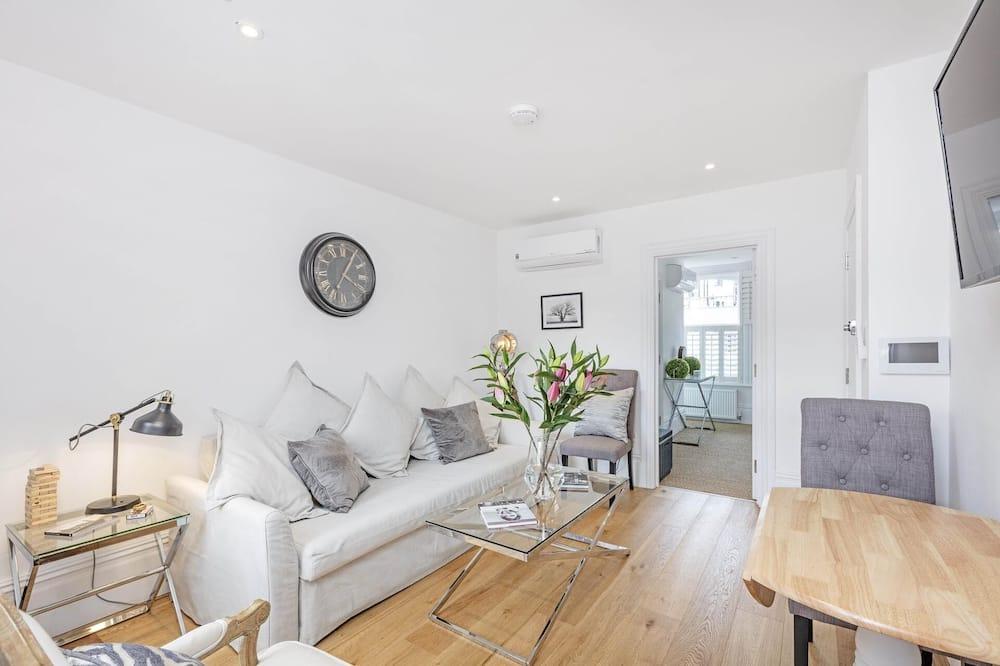 Apartmán, 1 extra veľké dvojlôžko s rozkladacou sedačkou - Obývačka