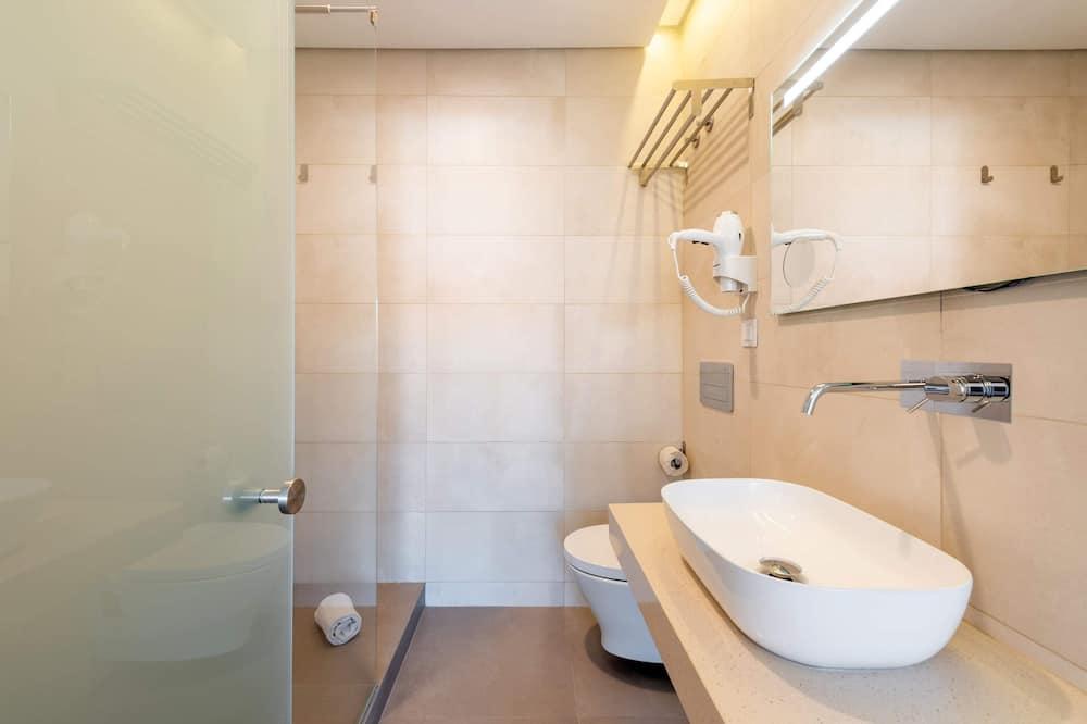 Apartmán typu Basic, 1 veľké dvojlôžko - Kúpeľňa
