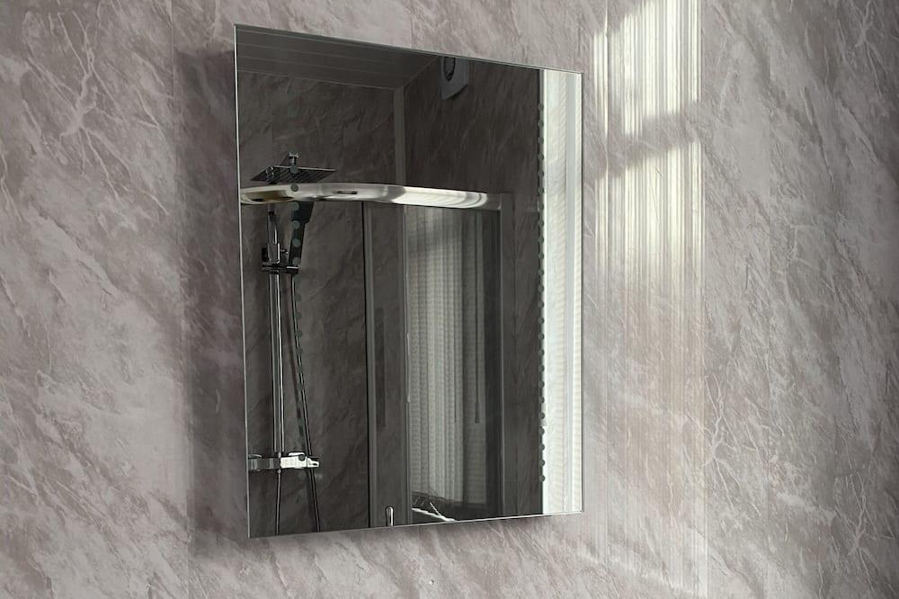 ハウス ベッド (複数台) - バスルーム
