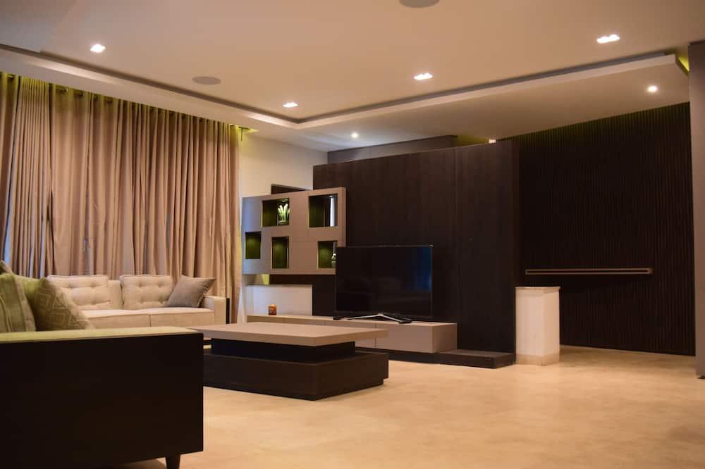 Revelton H - The Bridge Apartments