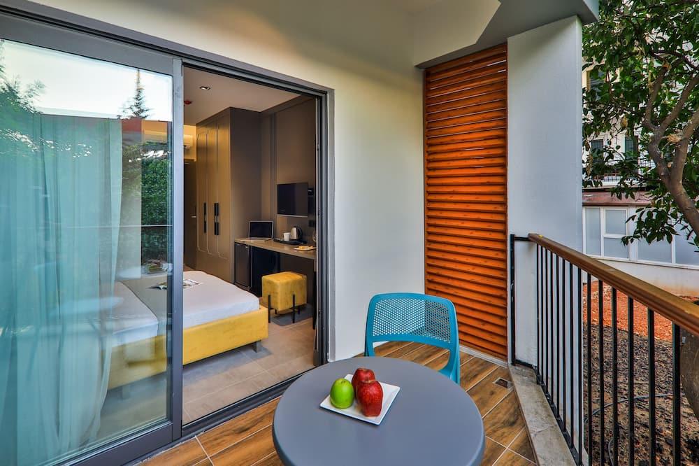 Superior Double Room, Garden View, Ground Floor - Balkoni