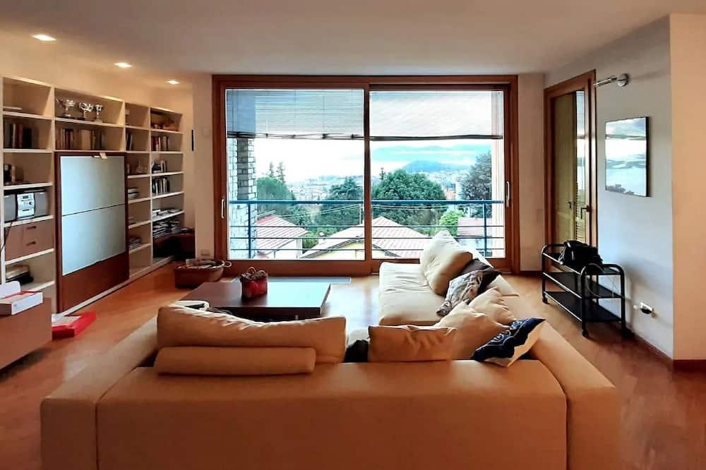 Casa Azalea Rossa -luxury Lake View Home