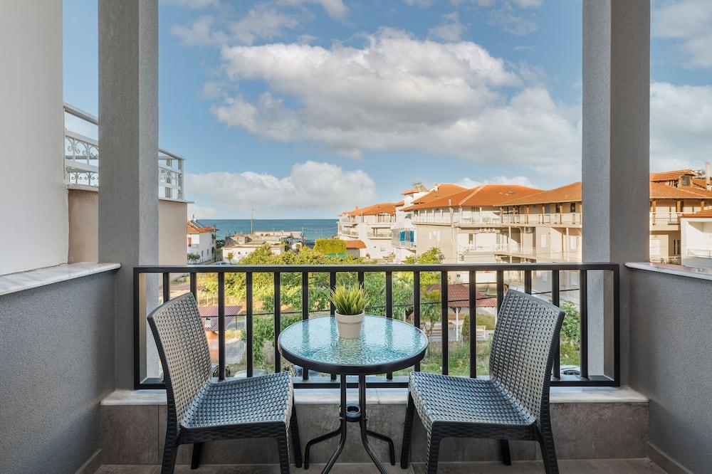 Panoramic Room - Balcony View