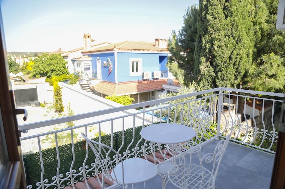 Deluxe-Zimmer, Balkon - Blick auf den Garten