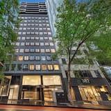 Brady Hotels Hardware Lane