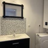 Apartment, Garden View (MAISON JAUNE) - Bathroom