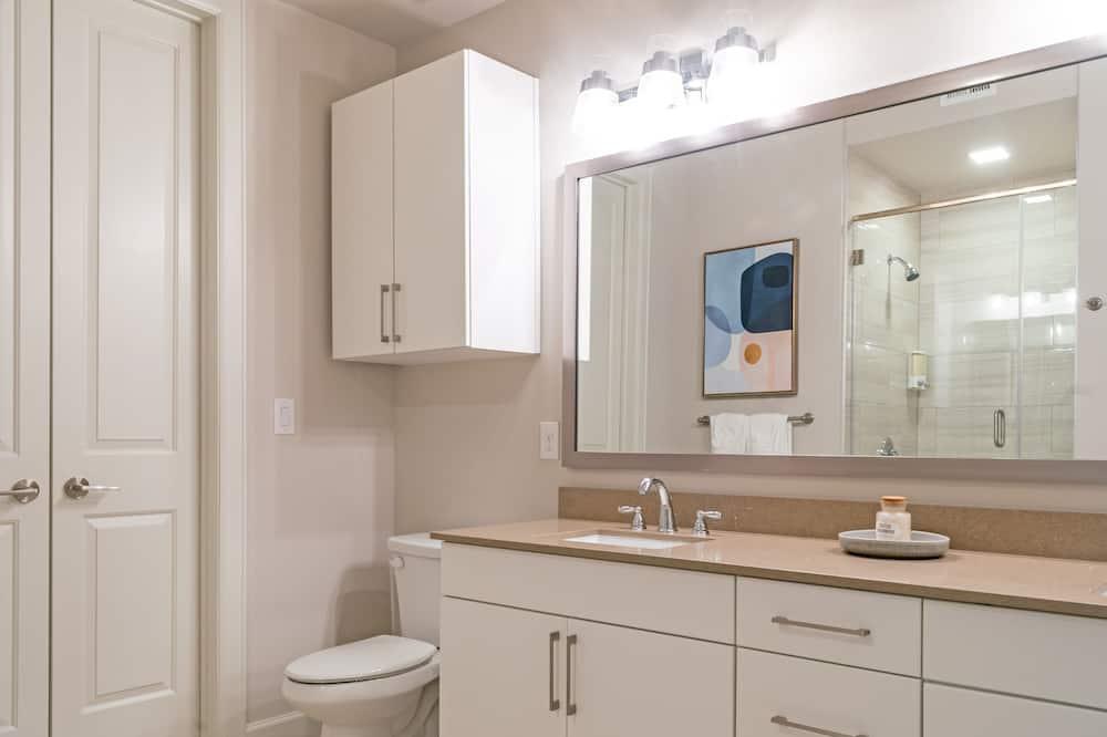 Condo, 1 Bedroom - Bathroom
