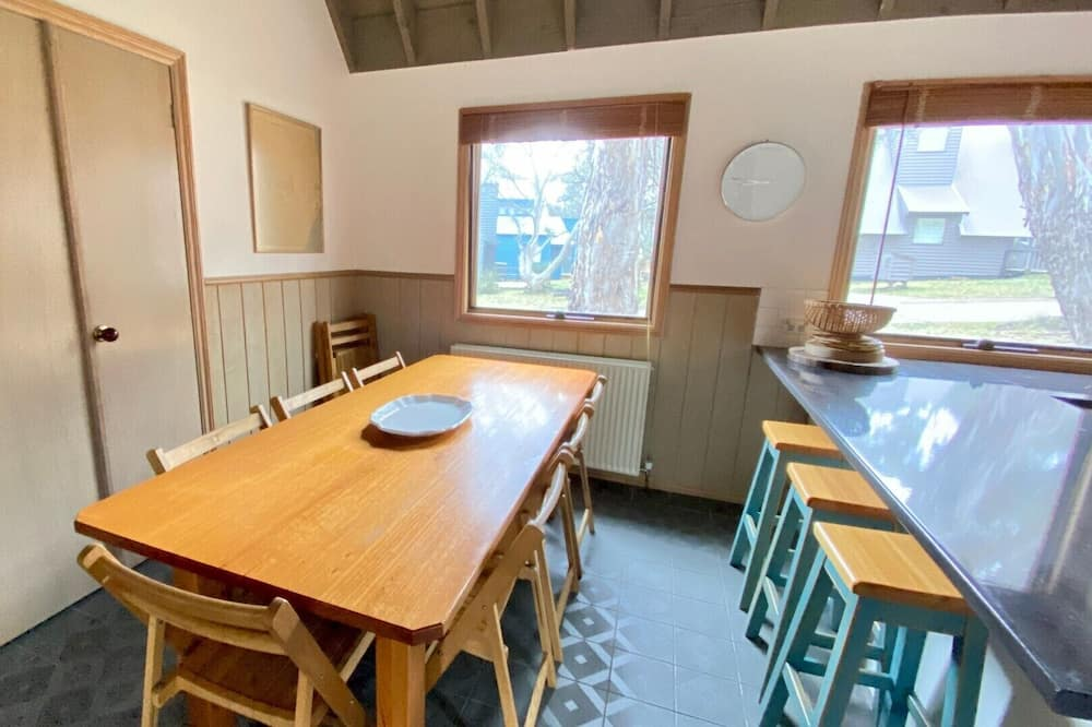 Chalet, 5 Bedrooms (Fort King) - In-Room Dining