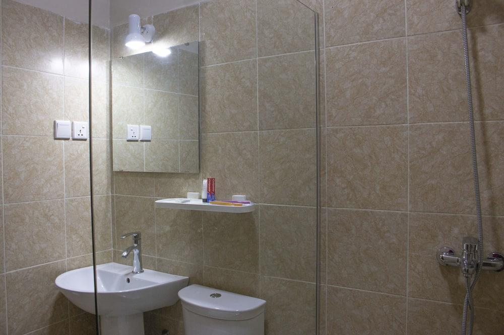 Elite-Doppelzimmer - Badezimmer