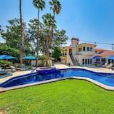 Plum Guide - Desert Ace, Rancho Mirage