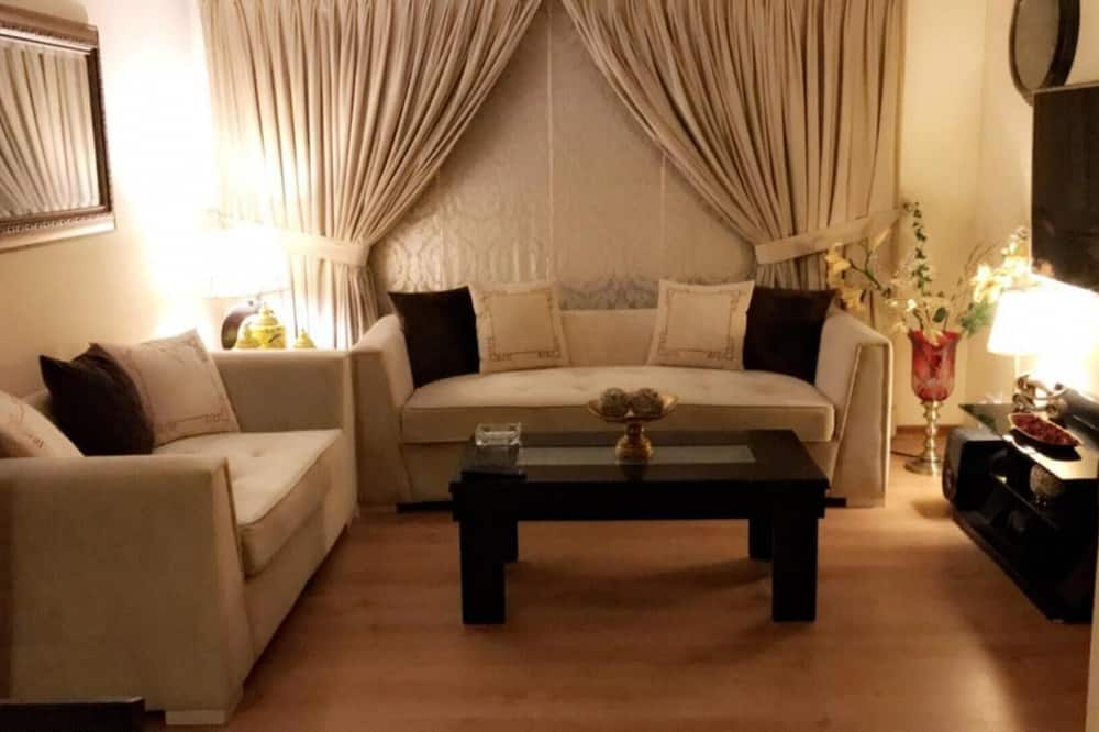 아파트, 더블침대 2개 - 거실