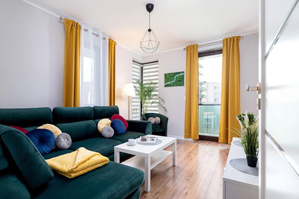 דירה, 2 חדרי שינה, מרפסת - תמונה