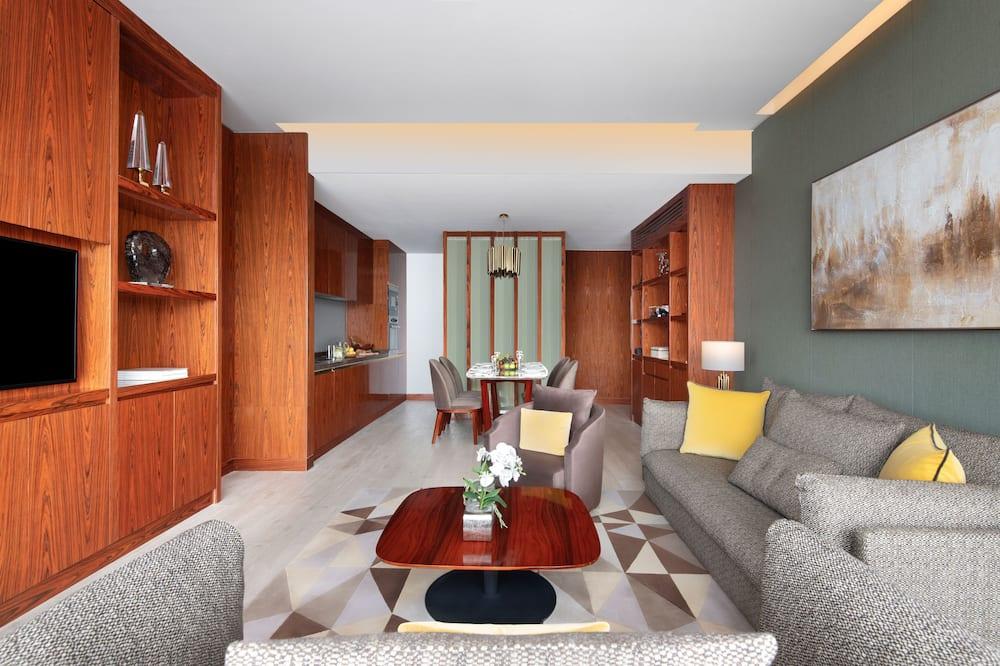 พรีเมียร์อพาร์ทเมนท์, 2 ห้องนอน, ปลอดบุหรี่, วิวเมือง - พื้นที่นั่งเล่น