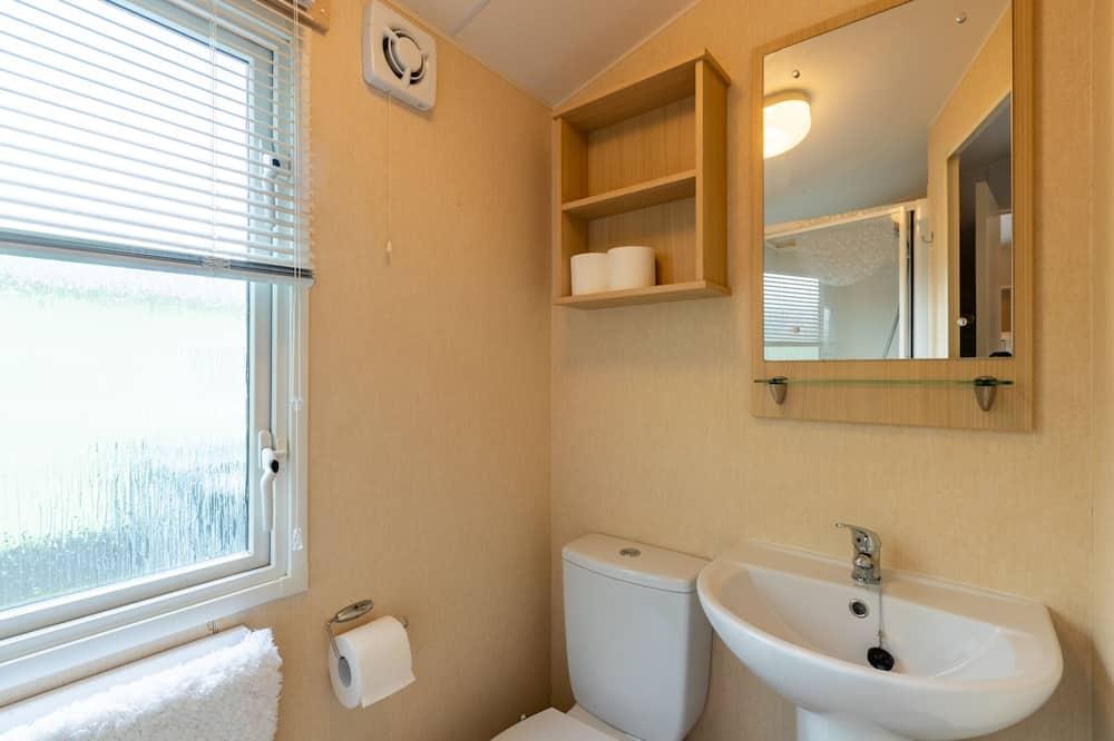 Family Mobile Home, Private Bathroom, Garden View (Luxury Static Caravan) - Bathroom