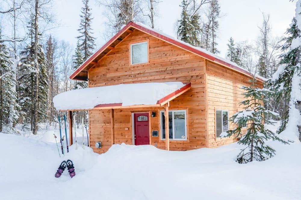 Fjölskyldubústaður - með baði (Willow Cabin) - Aðalmynd
