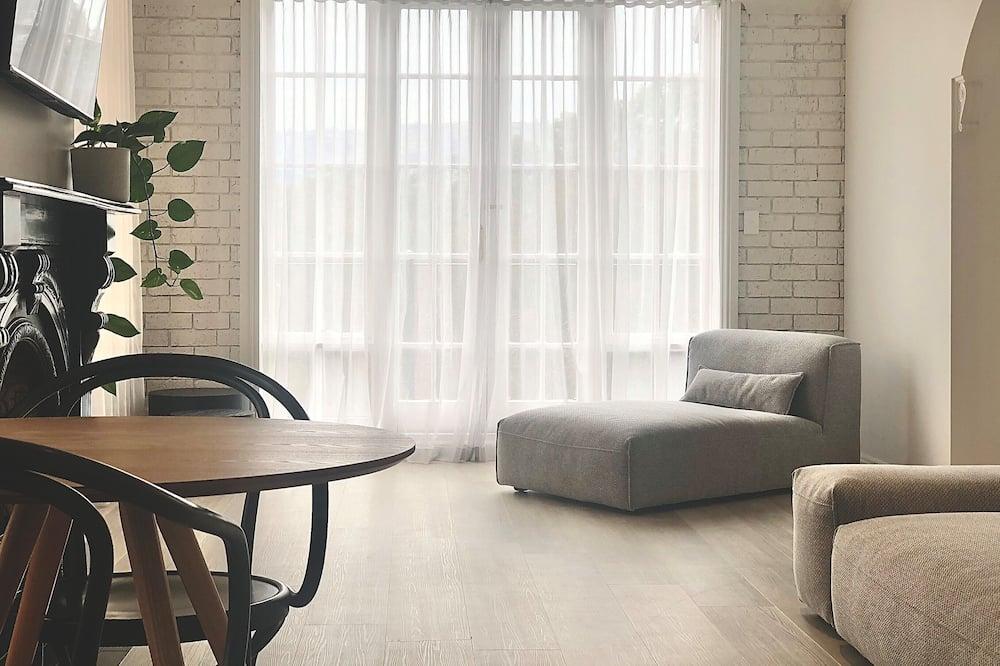 Grand Suite - Living Area