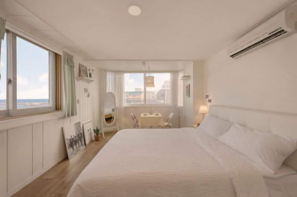 Basic Room, 1 Bedroom (305) - Exterior