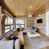 House, 2 Bedrooms - Bilik Rehat