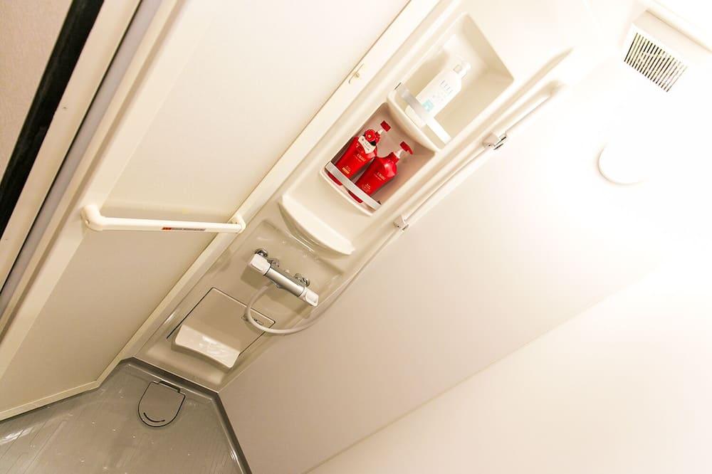 Pamatklases dzīvokļnumurs, viena guļamistaba (303) - Vannasistaba